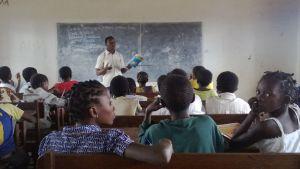 Elever i Cabo Delgado provinsen i Moçambique.