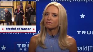 Trumps nya kanal News Of The Week med programledare Kayleigh McEnany.