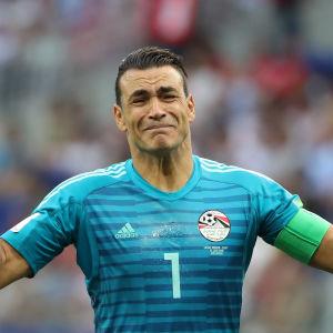 Essam El-Hadarys Egypten slutade sist i grupp-A i fotbolls-VM.