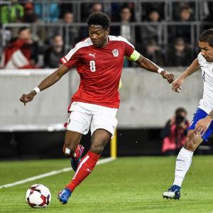 Finland möter Österrike i fotboll.
