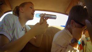 Jane laulaa Trans Amissa Eetulle.