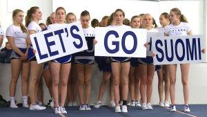 Cheerleadinglaget Blizzard tränar.
