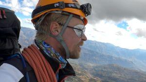 Matti Ristinen kiipeilemässä Perussa