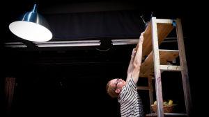 Thom Monckton är cirkusartist