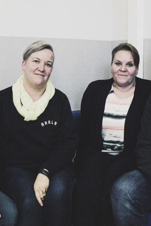 Socialhandledare vid polisen Marie Grönroos, sjukskötare Päivi Kanervio, ungdomsarbetare Nina Mikvelt och Niko Nordström
