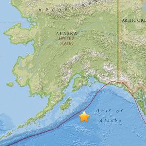 Karta över Alaska med stället för jordskalvet utmärkt med en stjärna