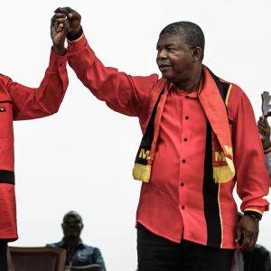 Presidentskifte i Angola
