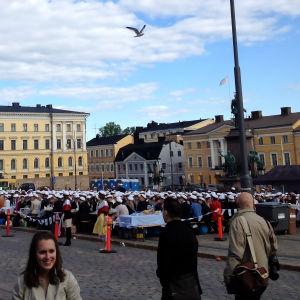Storsits på Senatstorget i Helsnigfors.