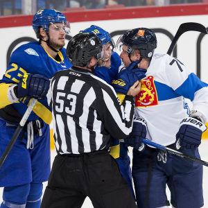 Leo Komarov, Finland-Sverige, World Cup 2016.