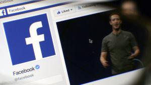 En bild av Facebooks konto på Facebook. Mark Zuckerberg syns till höger.