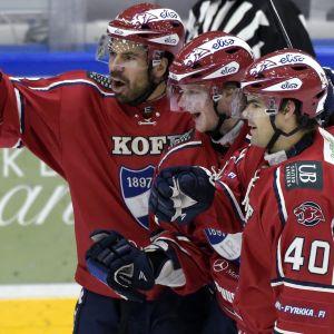 HIFK firar ett mål