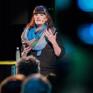 Louisa Heinrich speaks at Yle Prophecy.