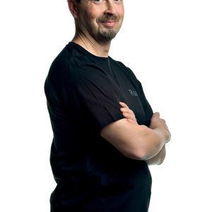 Kontrabasisti Jukka Nuutila