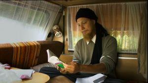 Uthman lukemassa islamista