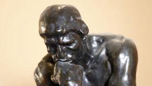 Miettivä patsas