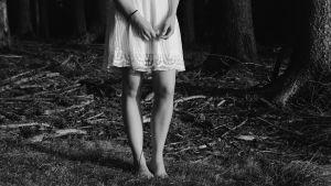 Kvinna i klänning