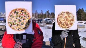 Skämtrocks humorduo Pizza Enrico träder fram