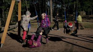Barn i Bobäck, Kyrkslätt.