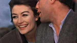 Jean-Louis Trintignant ja Anouk Aimée elokuvassa Mies ja nainen (1966).