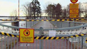 Varning för fågelinfluensa i Mariehamn.