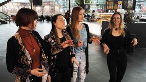 Tuuletar-yhtye: Venla Ilona Blom, Sini Koskelainen, Piia Säilynoja ja Johanna Kyykoski.