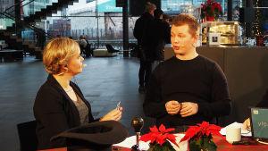 Sibelius-Akatemian kirkkomusiikin opiskelija Toni Hintsala on Riikka Holopaisen jututettavana Kantapöydän suorassa lähetyksessä Musiikkitalon kahvilassa 14.12.2016.
