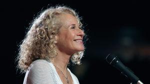 Carole King esiintyy vuonna 2010
