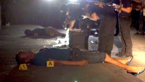 kuvassa poliisin ampumia ihmisiä.