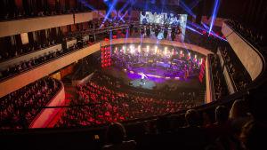 SuomiLOVEn 3. kauden päätöskonsertti Lahden Sibeliustalossa.