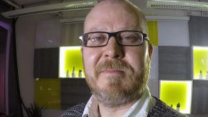 Kirjailija Sami Hilvo