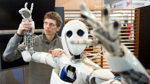 Robotti messuosastolla