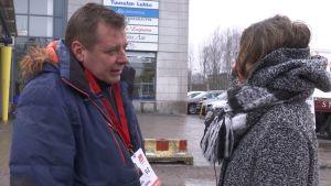 Arto Lindberg(SDP) kertoi sidonnaisuuksistaan vaalikamppailun aikaan MOT:n haastattelussa.