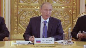 Vladimir Putin haluaa palauttaa Venäjän suurvallaksi.