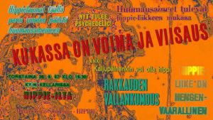 Psykedeelisen valaistusefektin päällä hippie-aiheisia suomalaisia lehtiotsikoita vuosilta 1967-1970.