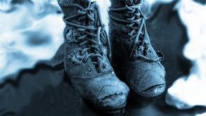 Kuvituskuva kuunnelmaan Kengät: Risat, vanhat kengät.