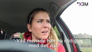 Pernilla Karlsson i sin bil