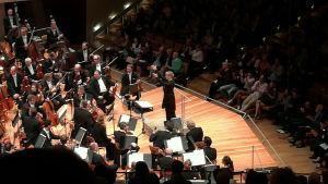 Susanna Mälkki ja Berliinin filharmonikot syyskuussa 2017