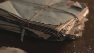 kasa vanhoja kirjeitä