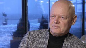 Konståkningsdomaren Pekka Leskinen.