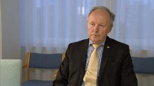 HUS:n toimitusjohtaja Aki Lindén