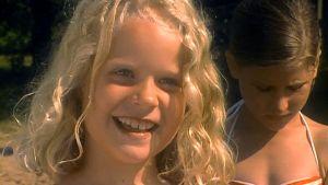 Linda (Elin Englund) i Det finns flera sätt att simma, 1997
