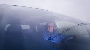 Saija Himanka i sin bil.