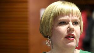 Omsorgsminister Annika Saarikko