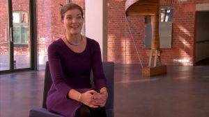 Lektor Jenni Reuter vid Aalto-universitetet