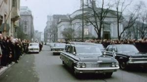 Saattue Väinö Tannerin hautajaisissa