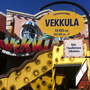 Finskspråkiga skyltar på Borgbacken