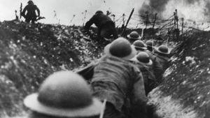 Brittisotilaita Sommen taisteluissa