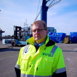 Teijo Seppelin, hamnkapten i Vasa.