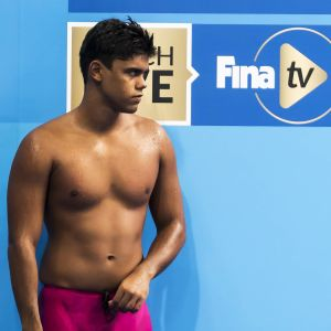 Diskade simmaren Dillon Gooding ser missnöjd ut.