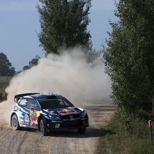 Jari-Matti Latvala kör i Polen.